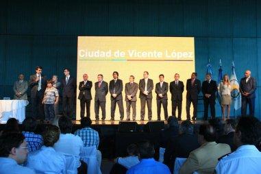 Asunción de Secretarios y Sub Secretarios de la MVL - 12-12-2011