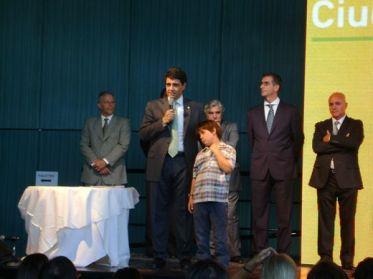 de izq. a der.: Parodi, Macri, Botello, Seoane y Bresciani en la asunción de Secretarios y Sub Secretarios de la MVL - 12-12-2011.